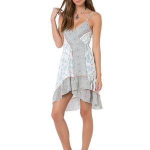 NWT O'neill bohemian wrap dress size- small
